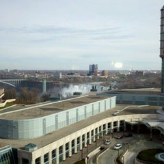 Photo taken at Hilton Niagara Falls/Fallsview Hotel & Suites by WM B. on 12/3/2011
