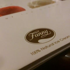 Photo taken at Fanny Ice Cream by Hieu N. on 4/5/2012