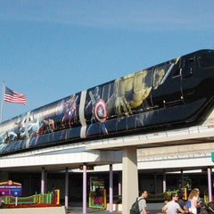 Photo taken at Monorail Red by Scott N. on 6/11/2012