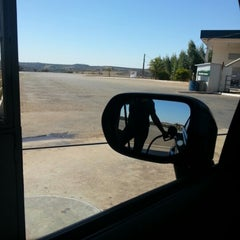Photo taken at Auto Posto Cerrado by Janete G. on 8/16/2012