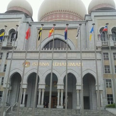 Photo taken at Istana Kehakiman (Palace of Justice) by Aznin A. on 6/21/2012