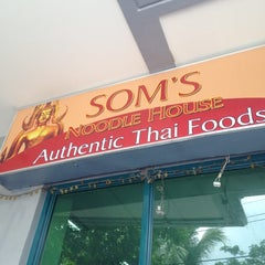 Photo taken at Som's Noodle House by Paolo P. on 6/1/2012