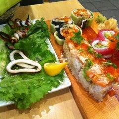 Photo taken at Sushi House by Elijah N. on 2/17/2011