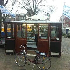 Photo taken at Haringhandel Van Dok by Rickert V. on 1/7/2011