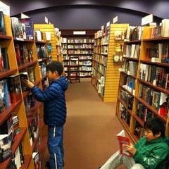 Photo taken at Chapters by Roger H. on 12/10/2011