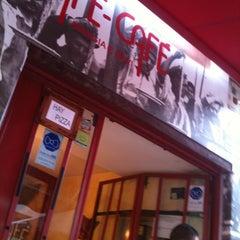 Photo taken at Café Café by Maikel B. on 8/6/2011