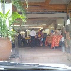 Photo taken at Restoran Hatinie by Wan Ulya Qausar on 8/13/2012