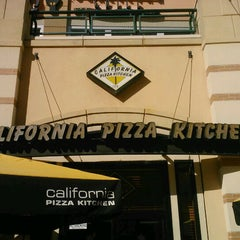 Photo taken at California Pizza Kitchen by Hilary H. on 5/30/2012