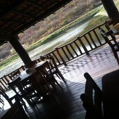 Photo taken at Restaurante Pé De Serra by Francilio D. on 5/15/2012