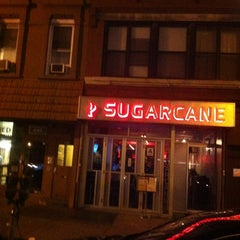 Photo taken at Sugarcane by Lisa♥ D. on 4/9/2012