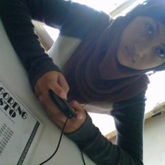 Photo taken at Ayam Goreng PRESTO by Ferry E. on 12/31/2011