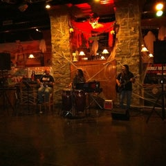 Photo taken at Saddle Ridge VA and Cheyenne Supper Club by Matthew S. on 10/27/2011