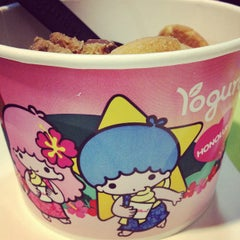 Photo taken at Yogurtland by Cyndi O. on 8/26/2012