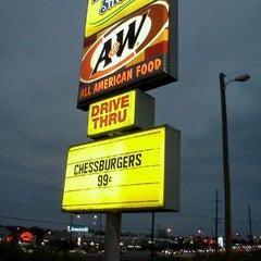 Photo taken at A&W / Long John Silver's by Zumba365 on 11/4/2011