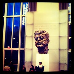 Photo taken at The John F. Kennedy Center for the Performing Arts by Rebecca on 9/21/2011