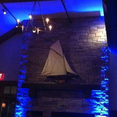 Photo taken at McLoone's Boathouse by Ivanessa D. on 8/25/2012