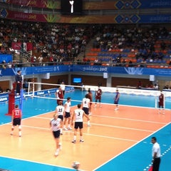 Photo taken at Complejo Panamericano de Voleibol by Fer T. on 10/28/2011