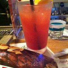 Photo taken at Applebee's by Belinda C. on 1/6/2012