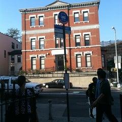 Photo taken at MTA Bus - B61 by Jerome B. on 7/18/2011