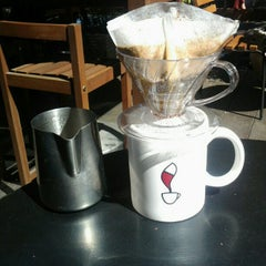 Photo taken at Coffee Lab by Bruno G. on 8/21/2012