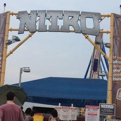 Photo taken at Nitro by Cindy K. on 5/26/2012