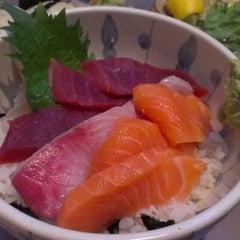 Photo taken at Daruma Japanese Restaurant by Elena A. on 7/17/2012