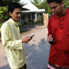Photo taken at Surau Al-Madani Jalan 3 by Keanu A. on 8/19/2012