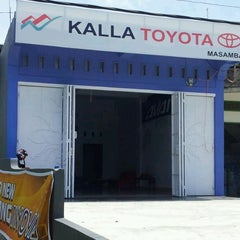 Photo taken at PT Kalla Toyota Masamba by Hamzah P. on 3/26/2012