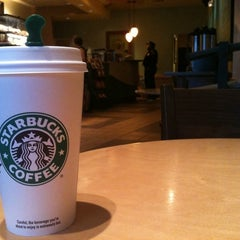 Photo taken at Starbucks by Luis L. on 2/4/2011