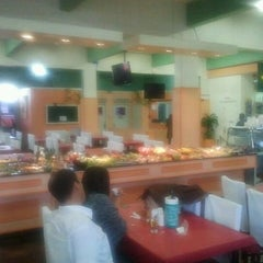 Photo taken at Restaurante Botafogo by Cristiano F. on 11/22/2011