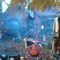 Photo taken at Heggs' House of Horrors by Will on 10/31/2011