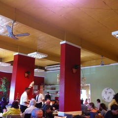 Photo taken at Nutri Vida Restaurante by Jairton C. on 5/5/2011