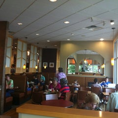 Photo taken at Panera Bread by Henry H. on 8/8/2012