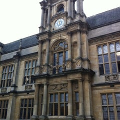Photo taken at Oxford University Examinations Schools by Andrew M. on 9/10/2011