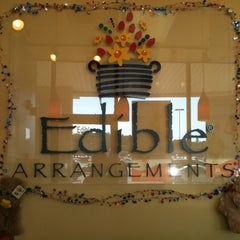 Photo taken at Edible Arrangements by Lauren T. on 7/5/2011