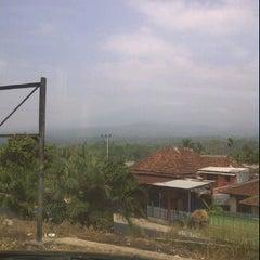 Photo taken at Lintas Sumatera, Bukit Kemuning by Reza L. on 8/22/2011