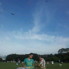 Photo taken at Taman Layang-Layang (Kite Flying) Kepong by Nel H. on 12/25/2011