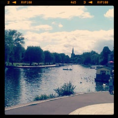 Photo taken at Stratford-upon-Avon by 🍒 Hells 🍒 B. on 8/20/2012
