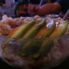 Photo taken at Sushi on McKinney by Siam on 10/10/2011