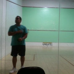 Photo taken at Academia Campograndense de Raquetes by Luciana P. on 9/13/2011