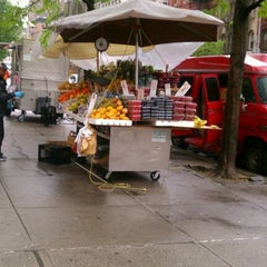 Photo taken at 93rd St Fruit Stand by Farah F. on 4/23/2012