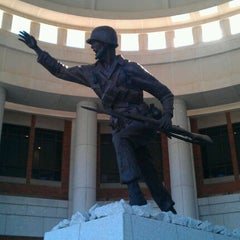 Photo taken at National Infantry Museum and Soldier Center by Rey V. on 11/5/2011