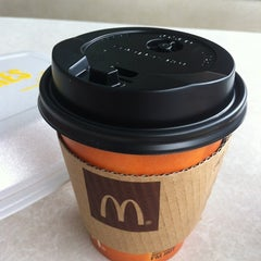Photo taken at McDonald's by Roanne Evert S. on 7/13/2012