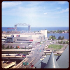 Photo taken at Radisson Hotel Duluth-Harborview by Mallory J. on 5/22/2012