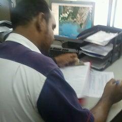 Photo taken at Port Lepak Cari Makan by Hafizal Z. on 7/14/2012