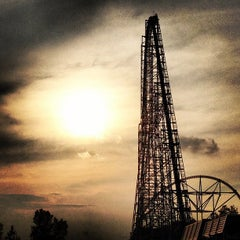 Photo taken at Millennium Force by Lisa L. on 7/18/2012