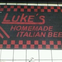 Photo taken at Luke's Italian Beef by Marcos F. on 6/8/2012