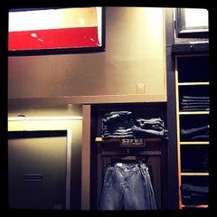 Photo taken at Levi's Store by Mochizuki N. on 10/15/2011
