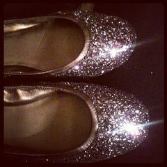 Photo taken at Cole Haan by Stephanie on 11/23/2011