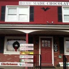 Photo taken at The Fudge Shop by Ami J. on 12/12/2011